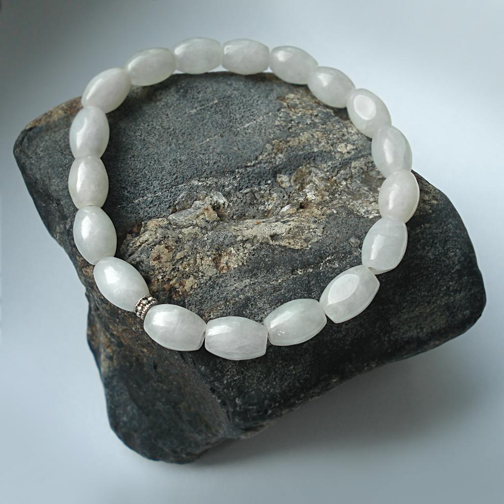 Изысканный нефрит: браслет на камне Пидана